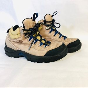 The North Face hiking Boots Leather Size 7 39253